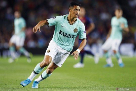 Cedera pergelangan kaki, Alexis Sanchez terancam absen panjang