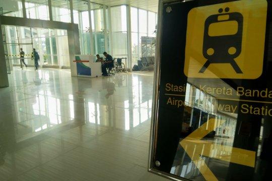 Pengguna KA Bandara 500 penumpang per hari