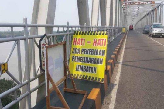 Dinas PUPR Kalteng lakukan pemeliharaan jembatan Kahayan