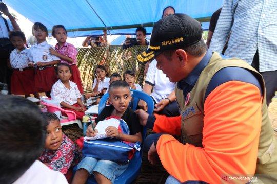 Kepala BNPB tinjau sekolah di pengungsian