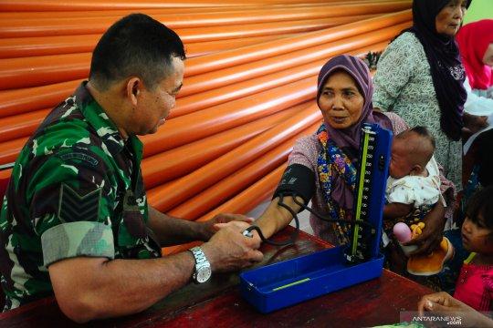 Pengobatan gratis dari TNI
