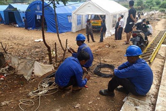 Tenda pengungsi kebakaran Cawang peroleh listrik darurat PLN
