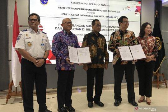 Kemenhub sekolahkan pekerja Kereta Cepat Jakarta-Bandung