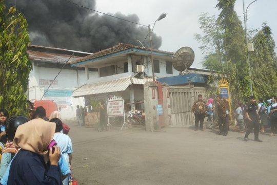 Pabrik minyak goreng di Bandarlampung terbakar