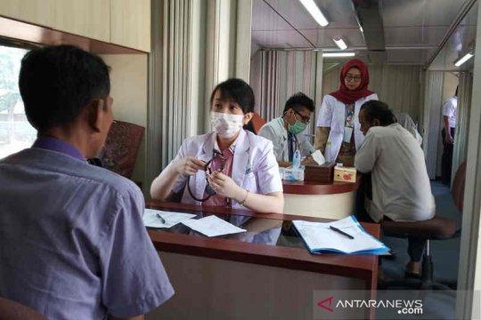 "KAI hadirkan ""Rail Clinic"" layani kesehatan gratis warga Indramayu"