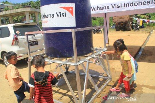 WVI bantu tandon air untuk pengungsi Wamena