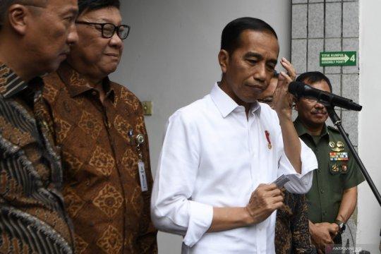 Presiden Jokowi jenguk Wiranto di RSPAD Gatot Soebroto