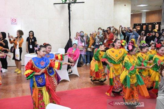 Budaya Betawi ramaikan acara penyambutan anggota parlemen di Senayan