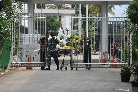 Pengamat LIPI sebut penusukan Wiranto bisa terkait politik