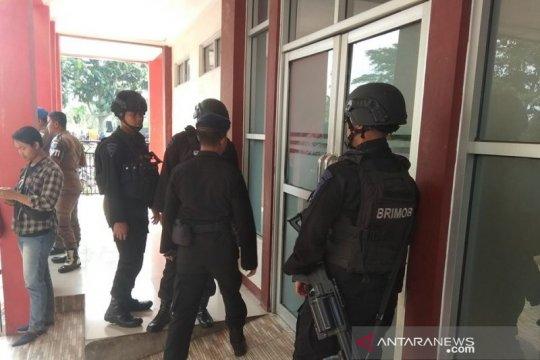 Brimob Polda Banten masih jaga RSUD Berkah Pandeglang