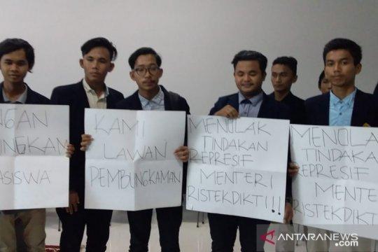 BEM Unej kecewa Menristekdikti tidak tanggapi tuntutan mahasiswa