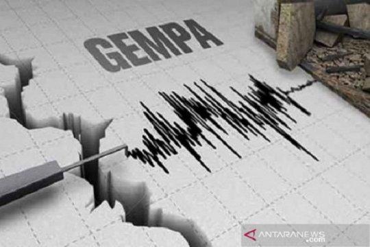 Gempa Malut, Warga Bitung siaga tetapi belum mengungsi