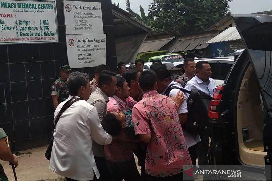Wiranto diserang, momen ketika Menko Polhukam dibawa ke UGD Menes Medical Center