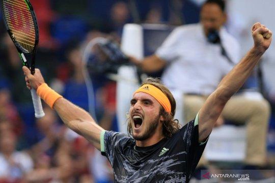 Tsitsipas lolos ke semi final ATP Finals usai kalahkan Zverev