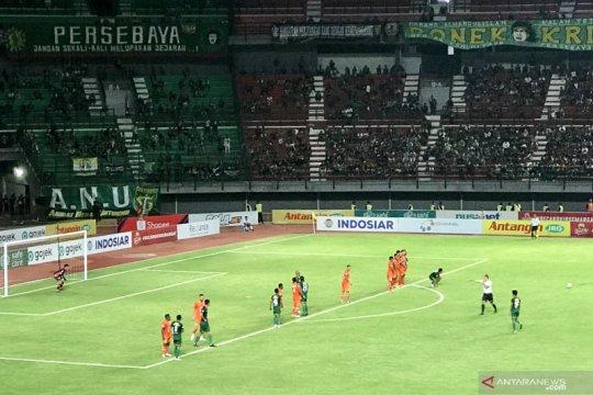 Persebaya ditahan imbang 0-0 Borneo FC pada babak pertama