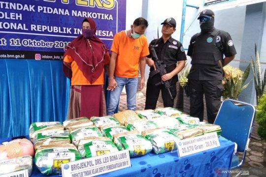 BNN gagalkan 20,57 kg sabu-sabu jaringan Malaysia di rumah oknum sipir