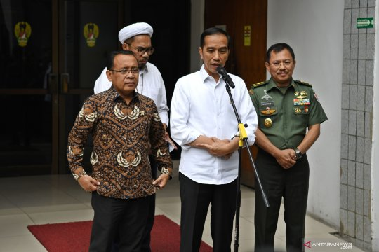 Presiden pastikan kondisi Wiranto stabil