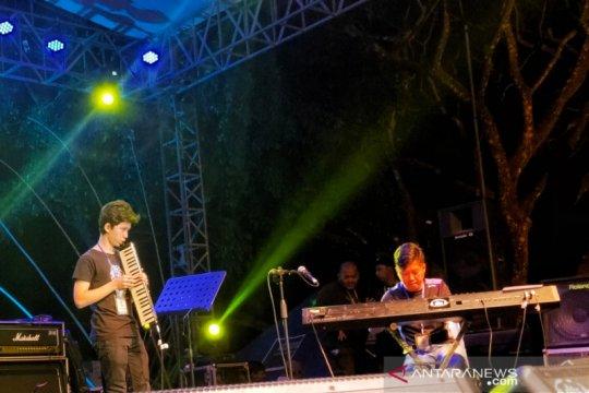 Reyog Jazz Ponorogo kenalkan pianis muda Jacob Jayasena