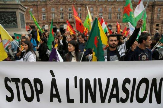 Prancis tangguhkan penjualan senjata kepada Turki