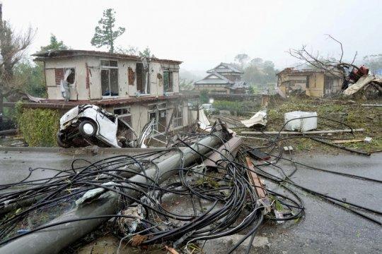 Topan Hagibis di Jepang akibatkan 10 orang tewas, belasan hilang