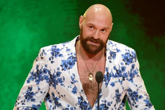 Tyson Fury akan lakoni debut gulat lawan Strowman