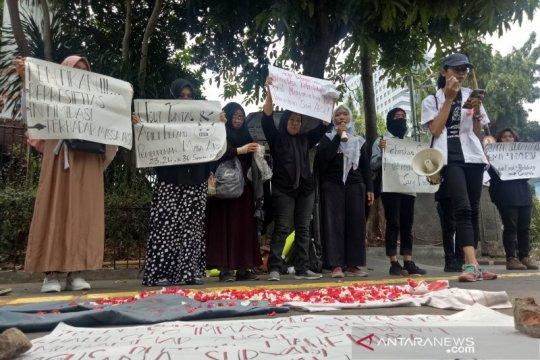 Solidaritas emak- emak rencanakan galang dana untuk korban demo