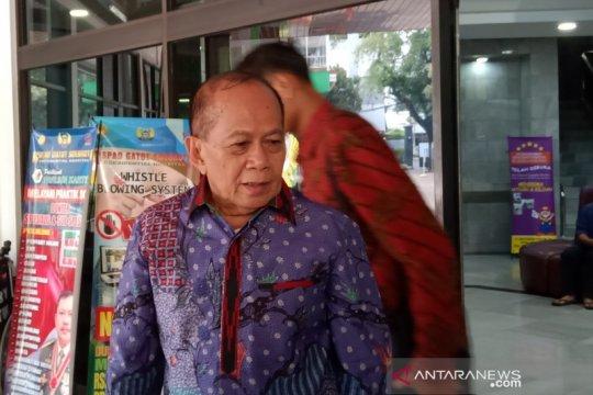 Syarif Hasan: Pak Wiranto terapi jalan