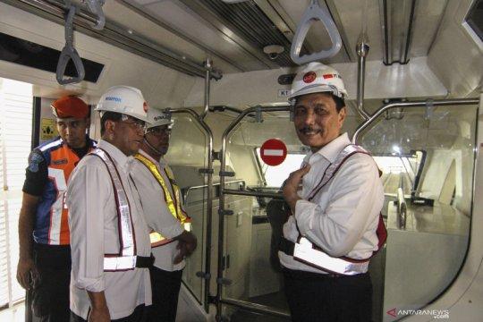 Menhub: Tarif LRT Jabodebek diperkirakan sebesar Rp12.000