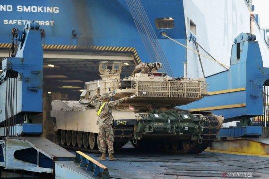 Kendaraan tempur Amerika Serikat tiba di Belanda