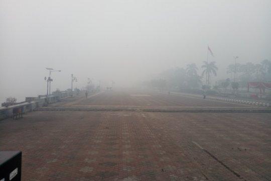 BMKG sebut kabut asap di Palembang Senin pagi paling ekstrim