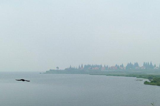 Padang kembali diselimuti kabut asap jarak pandang tujuh kilometer