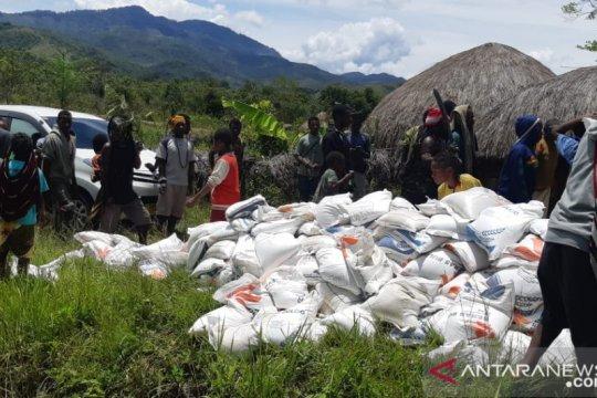Korban konflik Nduga terima bantuan pemerintah