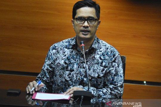 KPK panggil Direktur Operasional Perum Perindo kasus impor ikan