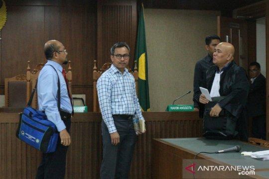 Penasihat hukum Desrizal sampaikan nota keberatan