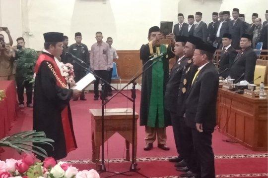 Gubernur Aceh terbitkan SK ketua dan wakil ketua DPRK Aceh Barat
