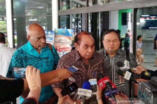 Jenguk Wiranto, Freddy Numberi sampaikan terima kasih masyarakat Papua