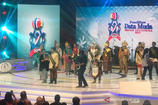 Retno Marsudi harap duta muda cerminkan SDM unggul Indonesia di ASEAN