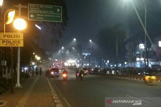 Warga palembang khawatirkan  asap masuk rumah pada malam hari