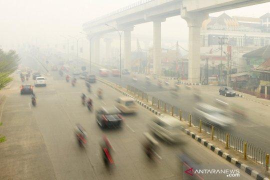 Kabut asap kembali selimuti Palembang