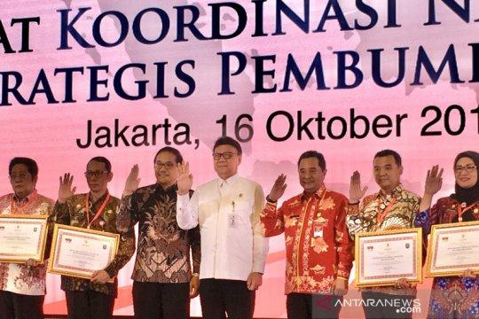 Kemendagri beri penghargaan Kesbangpol atas sukses Pemilu 2019