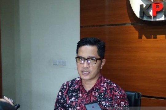 Bupati Indramayu Supendi ditahan KPK