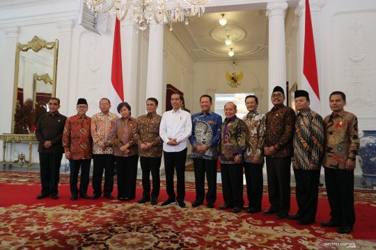 Presiden Jokowi-pimpinan MPR diskusikan amendemen UUD 1945