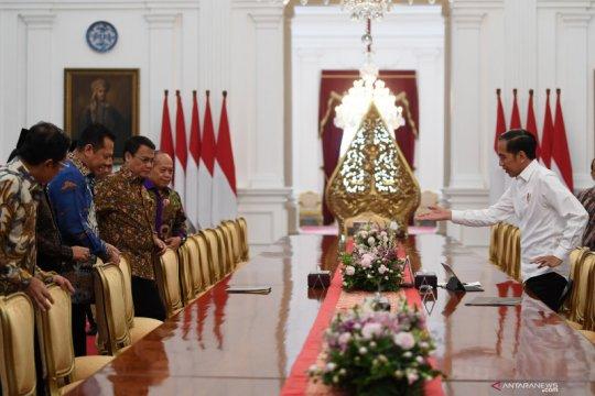 Presiden menerima Ketua MPR