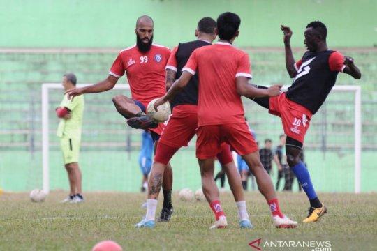 Arema FC lolos verifikasi lisensi AFC tanpa syarat