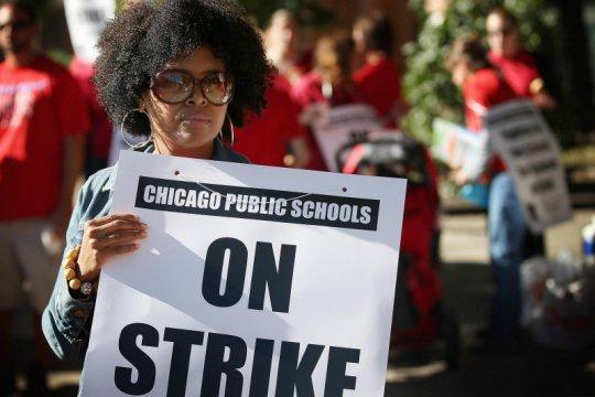 Sekolah di Chicago diliburkan karena para guru mogok