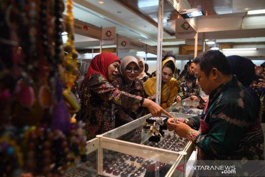 Khofifah soroti ekspor perhiasan emas via Singapura