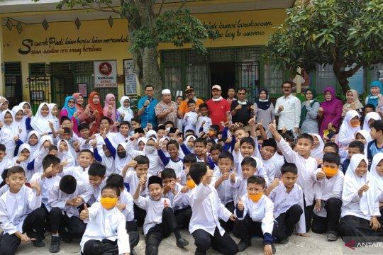 Tanah Datar pulangkan siswa lebih awal dan liburkan sekolah dua hari