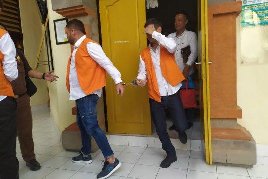 Dua warga Rumania diadili lakukan skimming di Bali