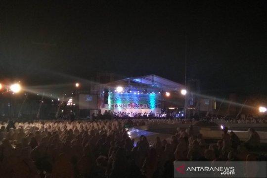 Ribuan jamaah istighatsah kubro doakan Jokowi-Ma'ruf sukses bertugas