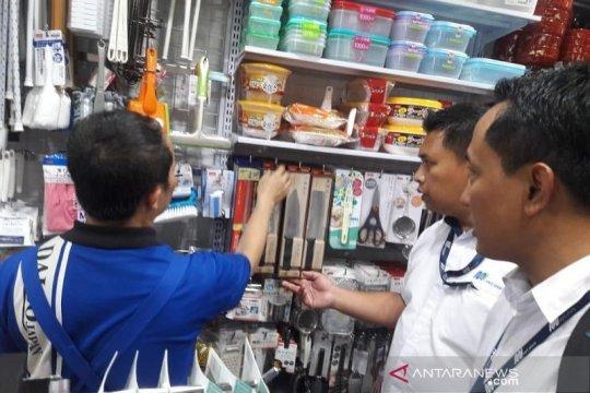 MRT Jakarta amankan benda tajam yang dijual di toko eceran stasiun